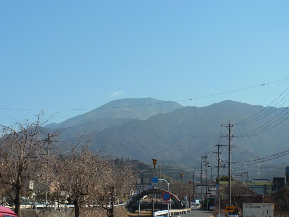 暖かくなった日の恵那山