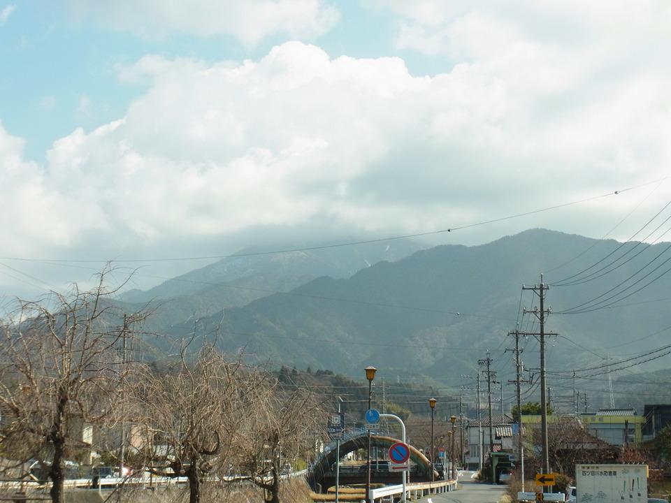 春日和の恵那山