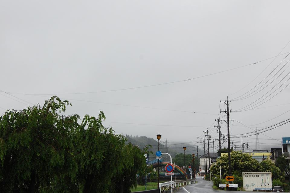 ザーザー降りの日の恵那山