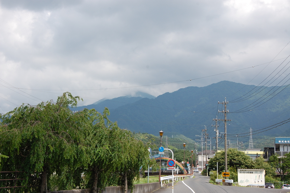 蒸し暑い日の恵那山