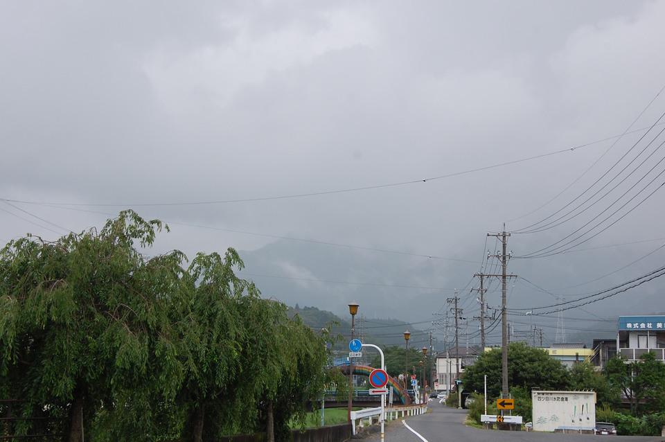 恵那山は相変わらず雲の中