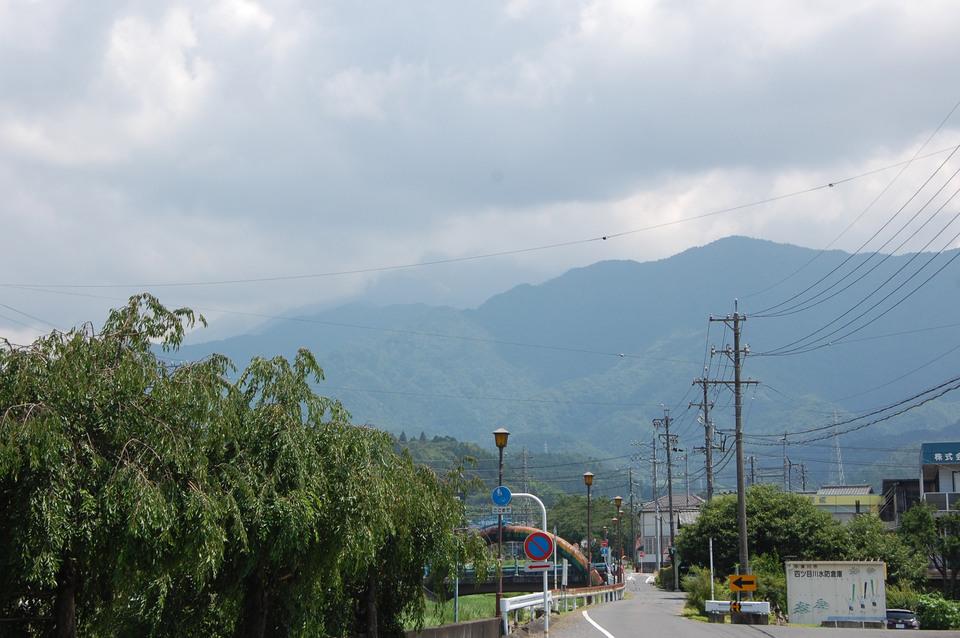 微かに見えた恵那山