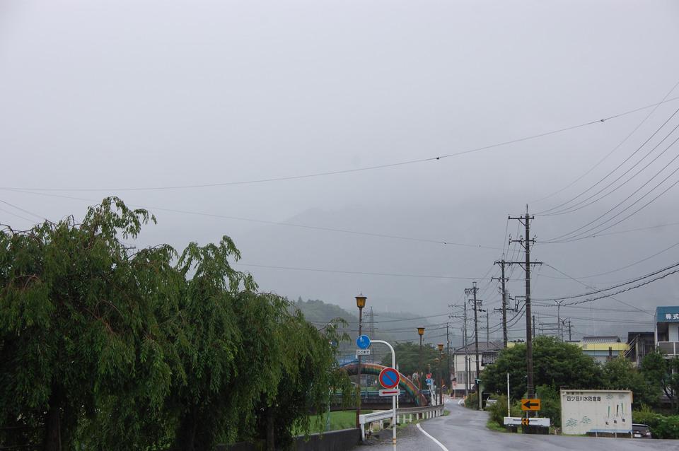 今日も雨 border=