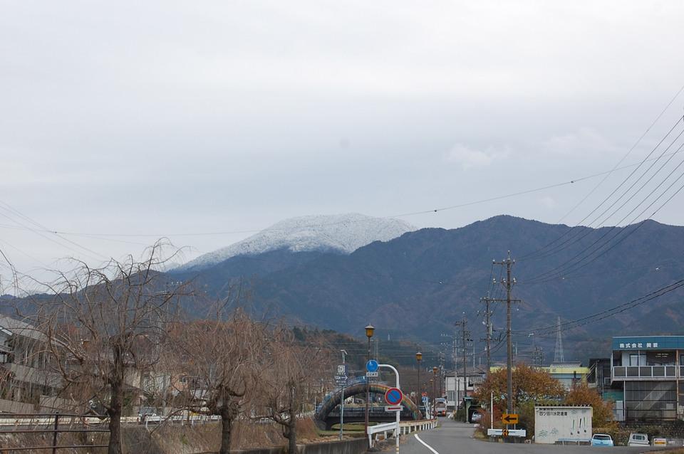 雪化粧の恵那山