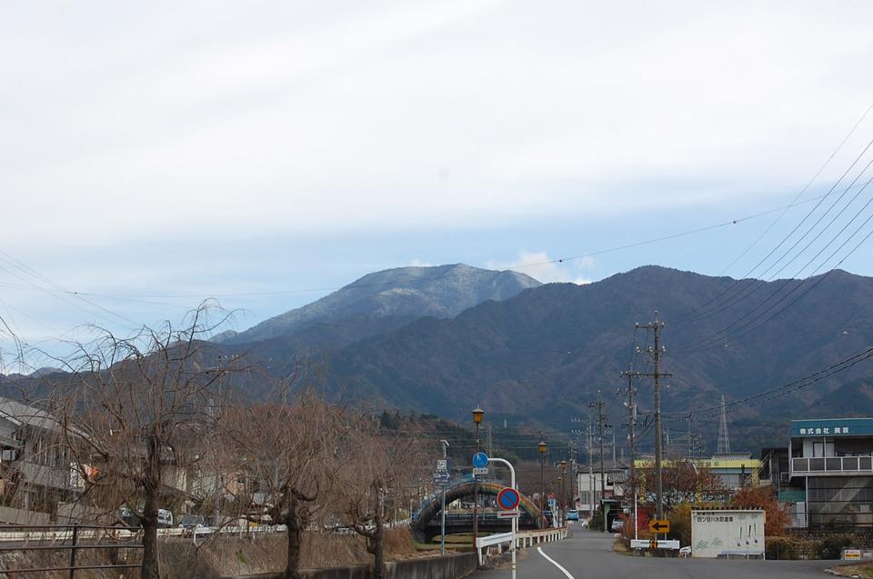 恵那山の山頂は青空