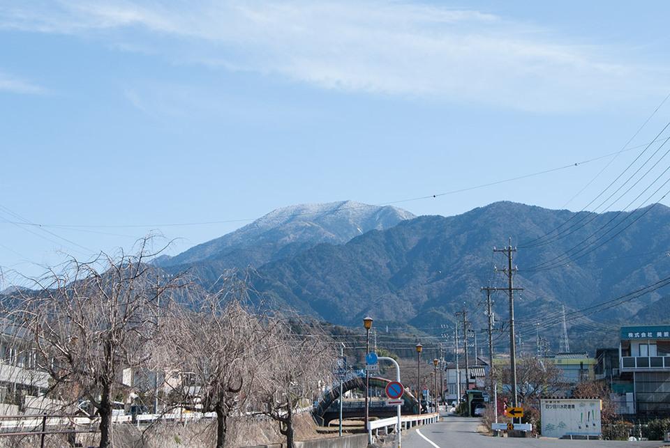 立春の日の恵那山