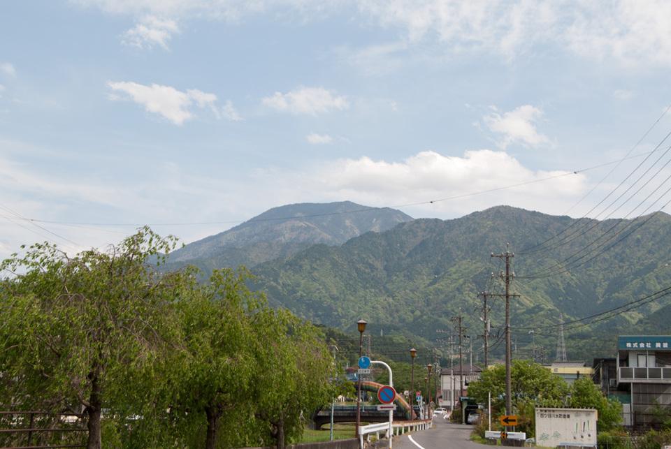 初夏の恵那山