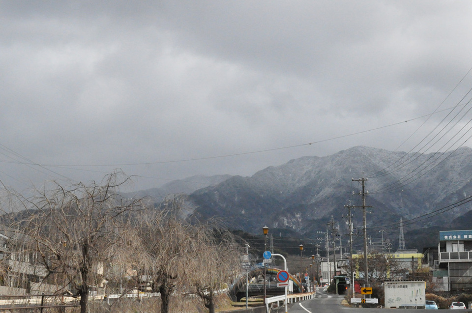 雪化粧の恵那山はいつ見える? border=