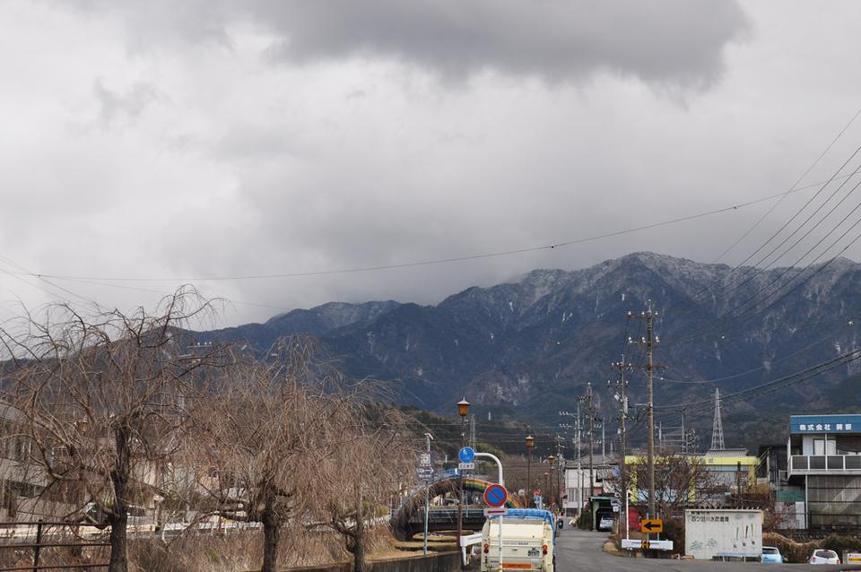 不安定な天候の日の恵那山