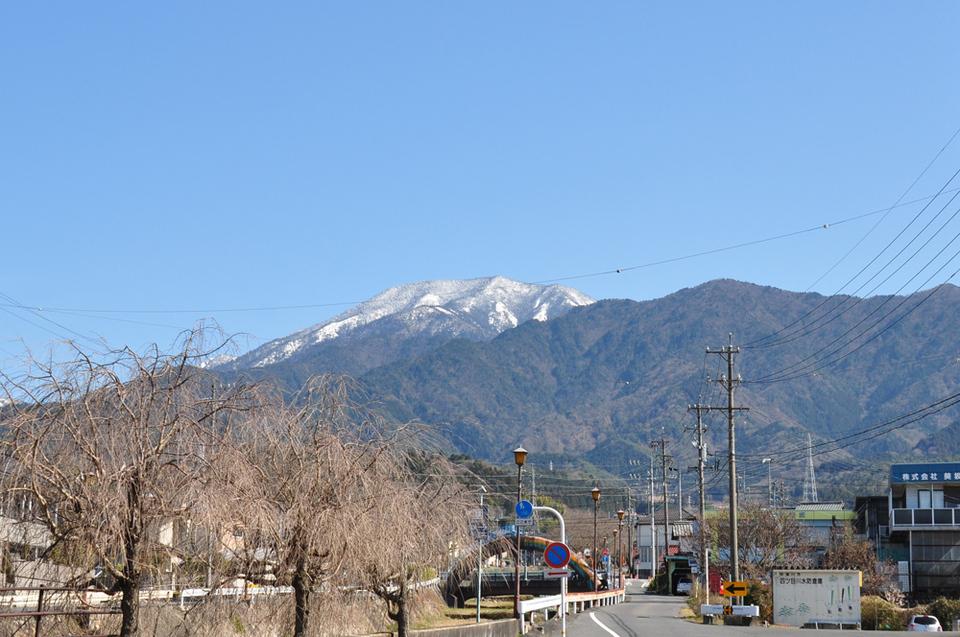 恵那山、雪化粧!