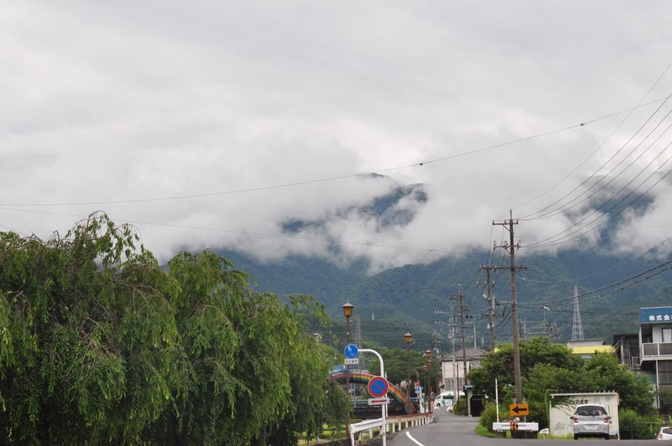 朝イチ(?)の恵那山