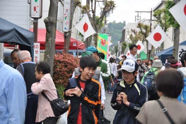 【春の中山道六斎市まつり】GW恒例!花の季節の中津川宿をそぞろ歩き。