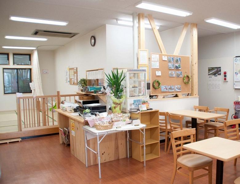 【まちぴあYOTECO】中津川市街地の新たな交流の場。お買いものの休憩や、 お友達とのモーニングやランチにいかが? border=