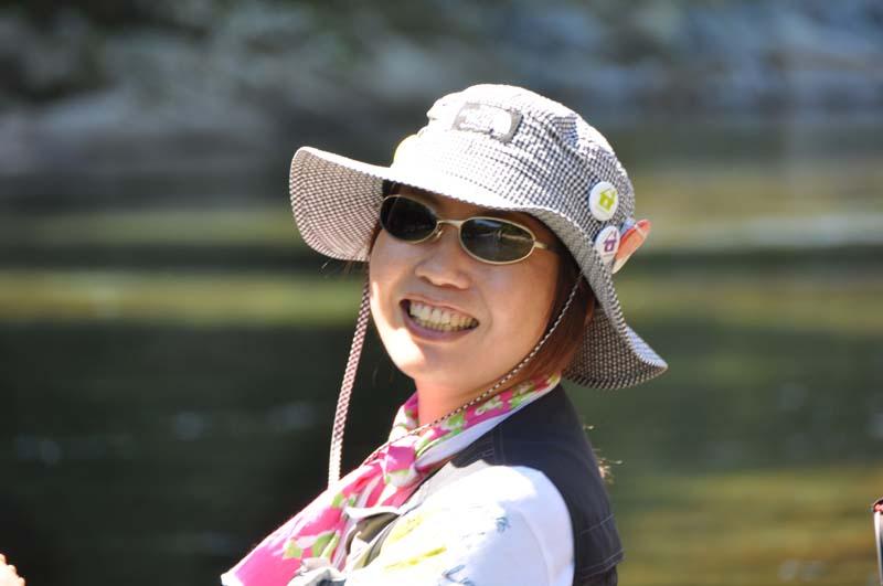 MORNING BIRDの筒井明子さんが中津川で夏休み Vol.2 あーこちゃん付知川で「釣りガール」デビュー border=